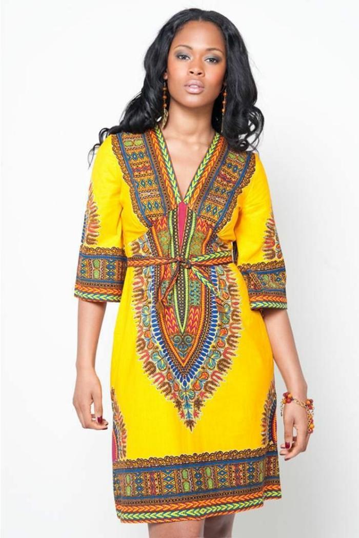 vestido corto en amarillo con estampados etno, ideas de vestidos boho chic, taparrabos africanos
