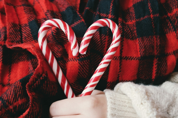 imagines de navidad gratis para descargar y enviar a tus amigos y familiares, bastones de caramalo