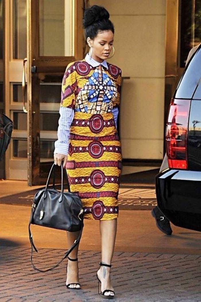 diseño muy chic de vestido con falda pitillo, tela en colores cálidos estampados afro, Rihanna en un outfit boho chic