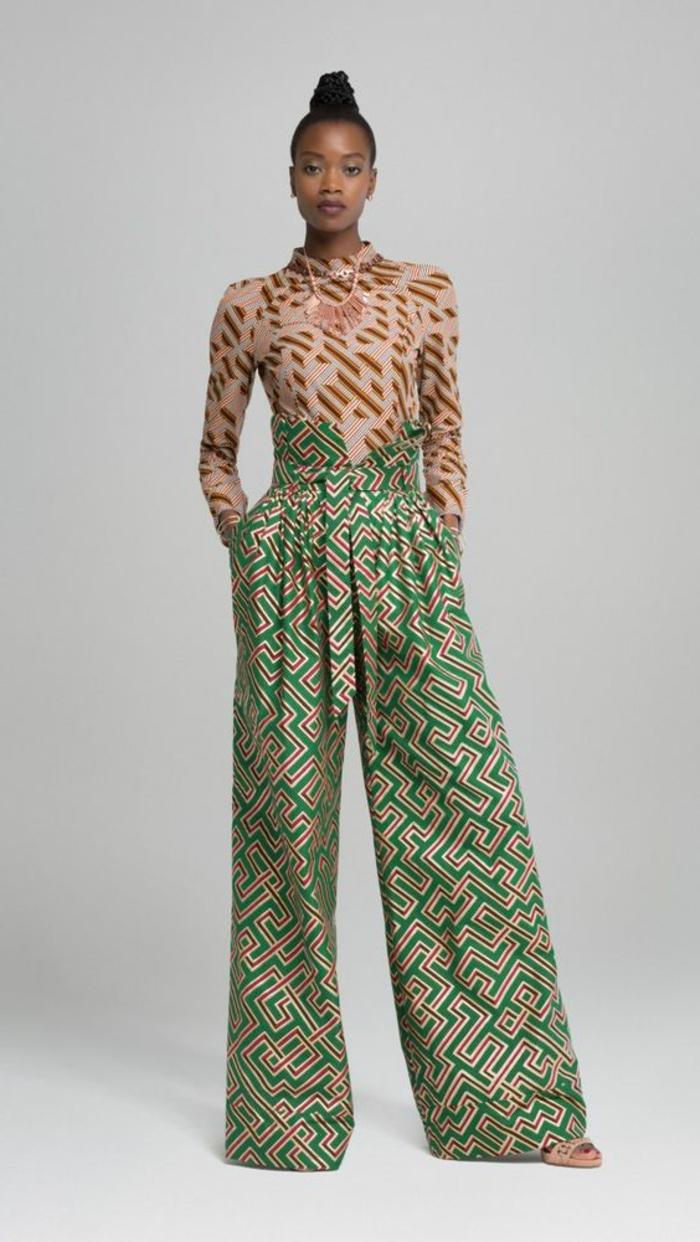 outfit super moderno, pantalón maxy con estampados etno, imagines de ropa moderna inspirada en el tejido wax