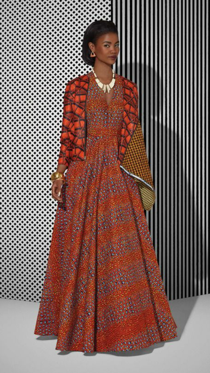 vestido maxy en colores cálidos, precioso atuendo en rojo y naranja, diseños de vestidos en estilo boho chic