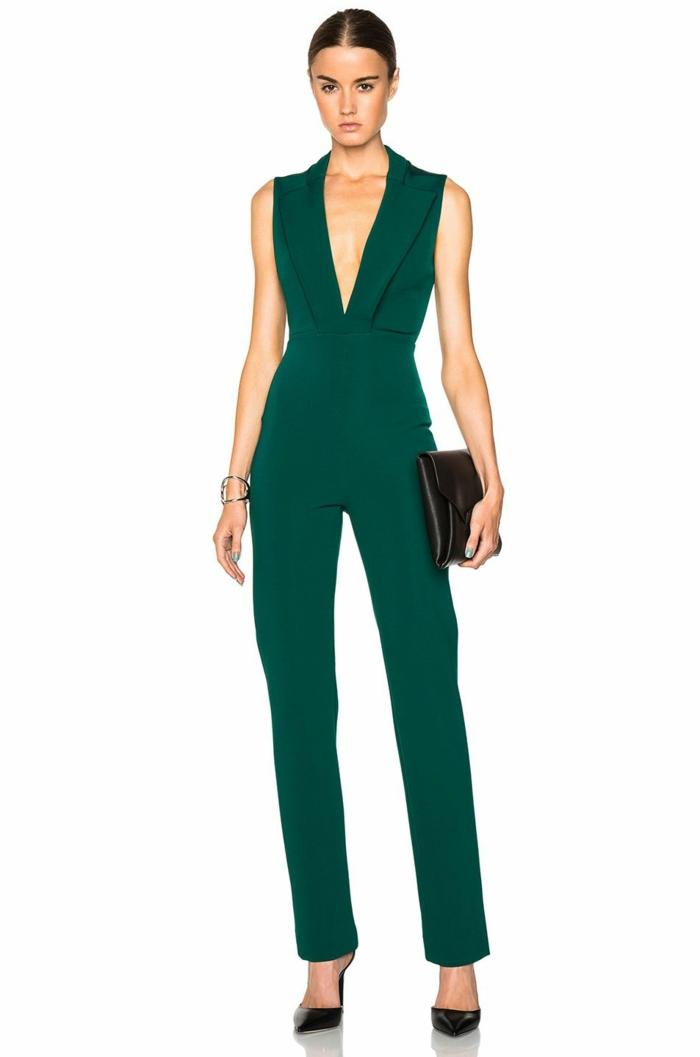 los mejores diseños de monos de vestir para bodas, mono color verde oscuro, pelo recogido en coleta