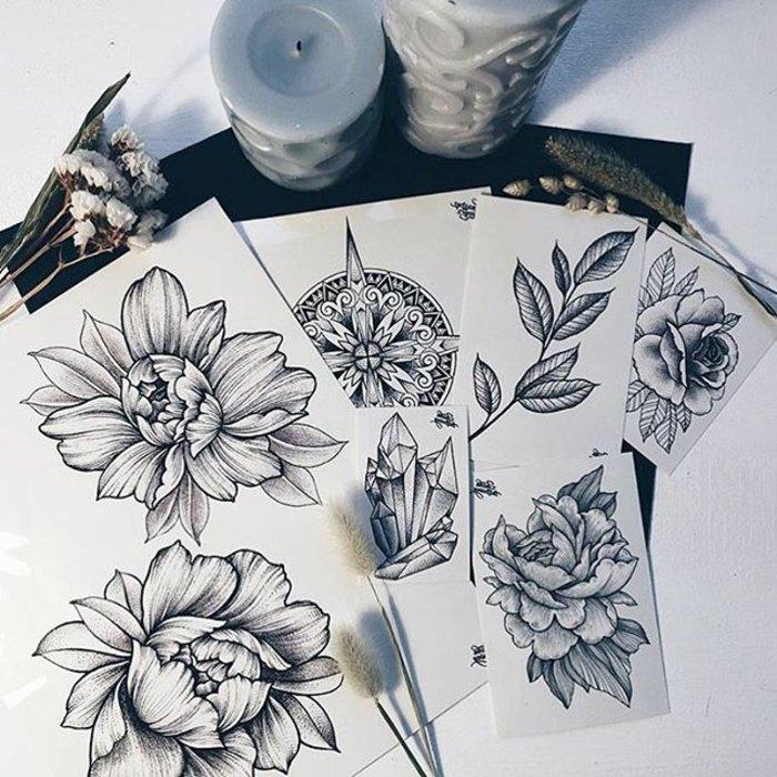 preciosos dibujos de tattoos con flores y significado de las flores, preciosos diseño en negro