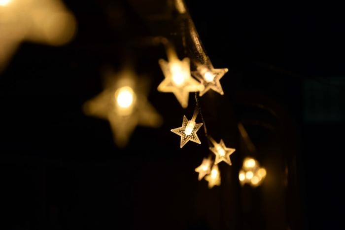bombillas en forma de estrellas para decorar la casa en Navidad, tarjetas de navidad originales