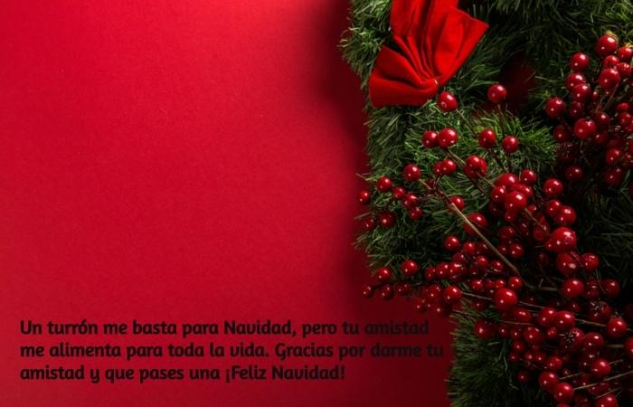 originales propuestas sobre como felicitar la navidad a tus amigos, tarjeta navideña en rojo para imprimir