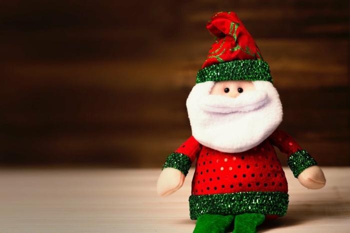 pequeños adornos para colgar al arbol o regalar, imagines navideñas para felicitar la navidad