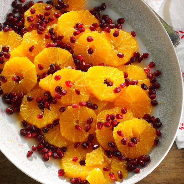 recetas navideñas sencillas de ensaladas con frutas, mandarinas con granada y vinagreta casera