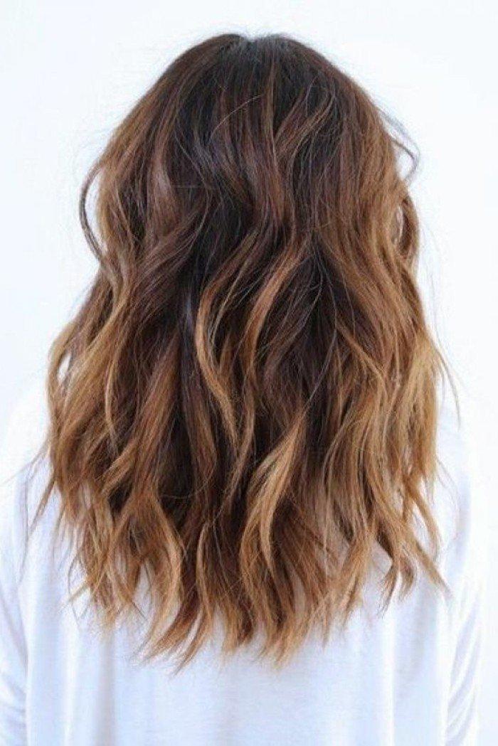 mechas balayage pelo oscuro, preciosos ejemplos de colores de pelo para morenas