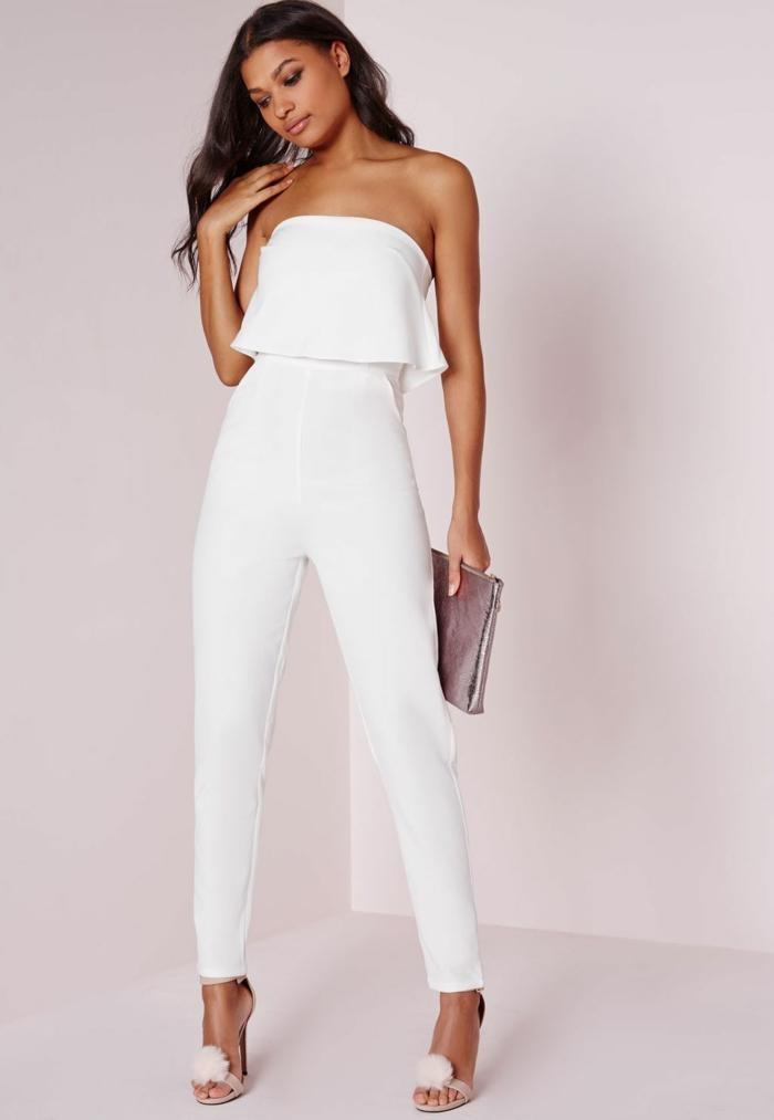 adorable mono blanco de corte original, vestidos y monos para novias, preciosas propuestas en blanco