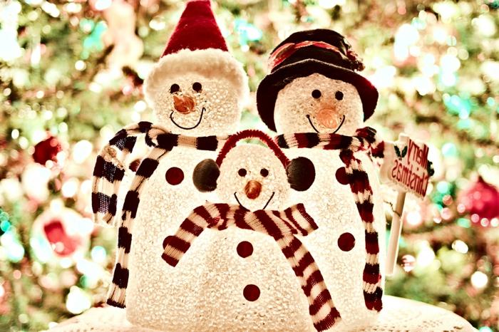 familia de muñecos de nieve, adorables adornos para decorar tu casa en navidad, paisajes de navidad