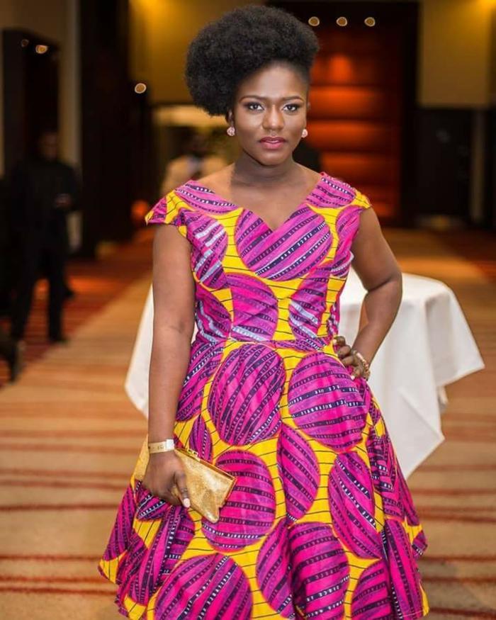 vestido en color amarillo y fucsia, adorables diseños de vestidos modernos y elegantes