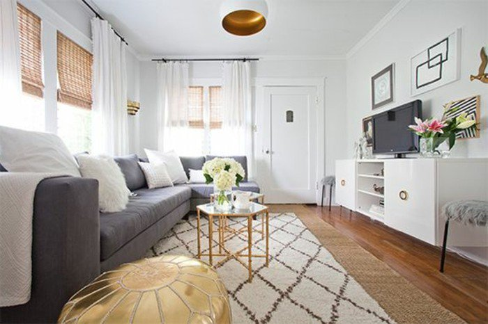 salones en estilo vintage decorados en blanco y gris, alfombra enn rombos, grande salon de diseño