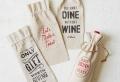 10 ideas creativas sobre cómo envolver y decorar botellas de vino