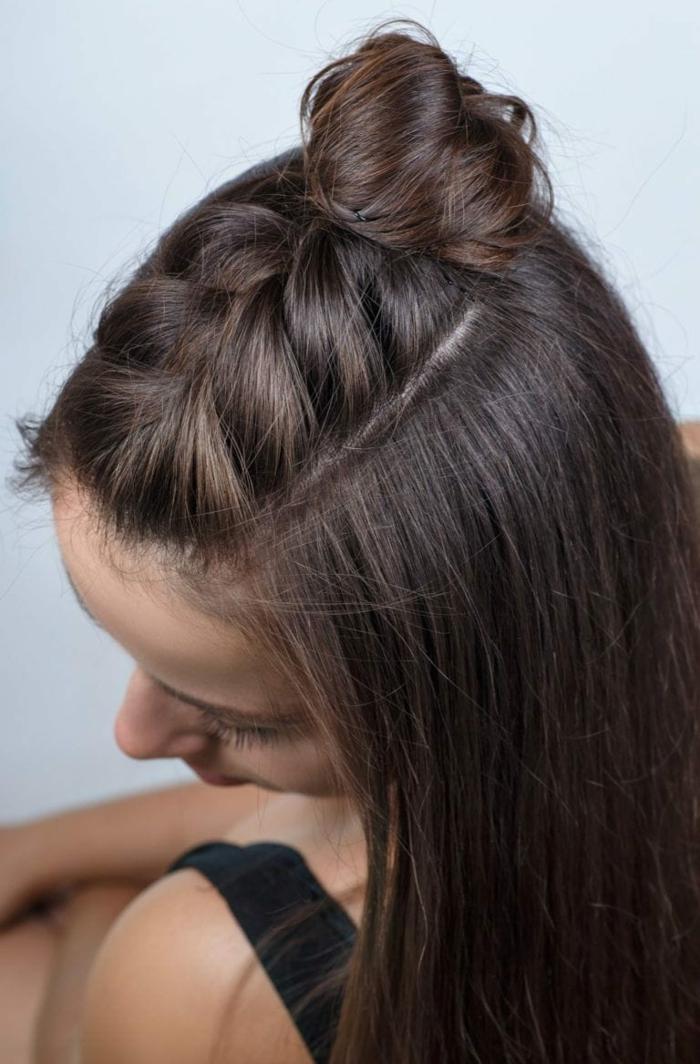 magníficas propuestas de peinados pelo largo, cabello castaño largo suelto con una trenza francesa al raíz