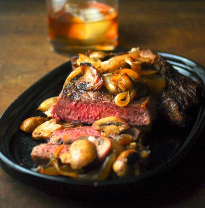 carne de ternera cocido con setas, como preparar una cena romantica, más de 90 ideas