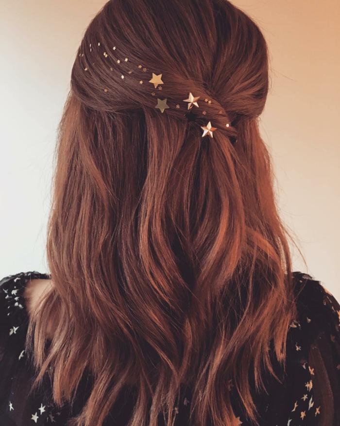 preciosas propuestas de peinados de novia, bonitos acceosrios para el pelo, broches en forma de estrellas