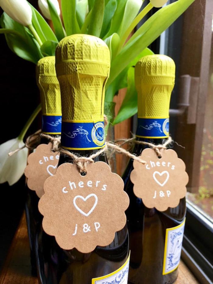 botellas de vino para bodas y eventos especiales, botellas de champán para regalar con etiquetas