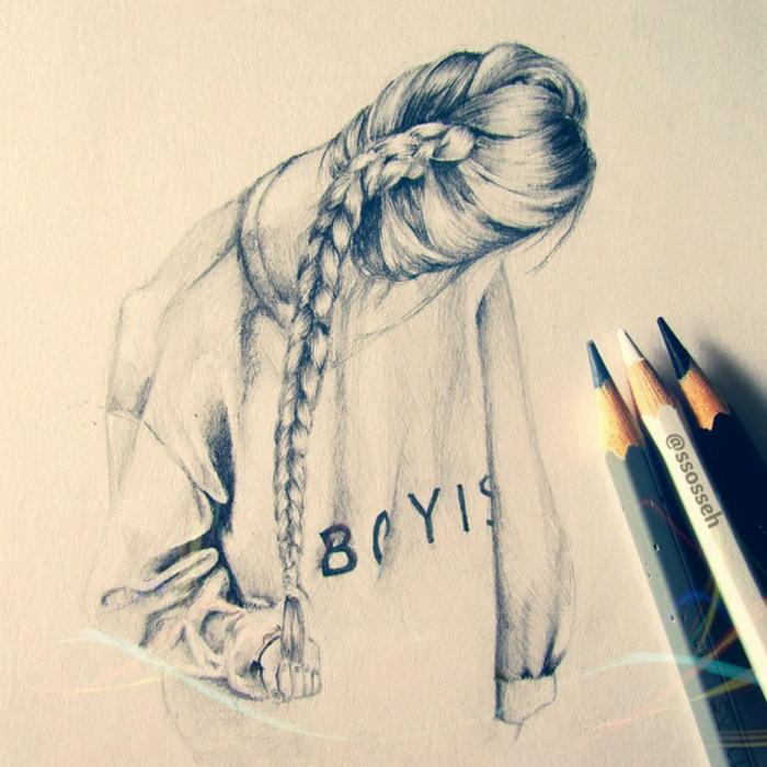 mujer pelo recogido en larga trenza, imagines inspiradoras con dibujos, ideas sobre como dibujar una niña