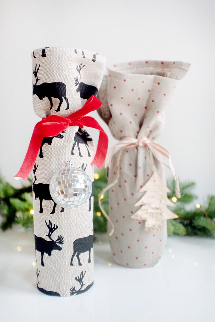 telas con dibujos de renos para envolver una botella de vino, botellas de vino para bodas y fiestas