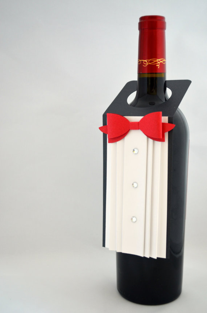 originales maneras de decorar una botella de vino, botellas personalizadas de manera original