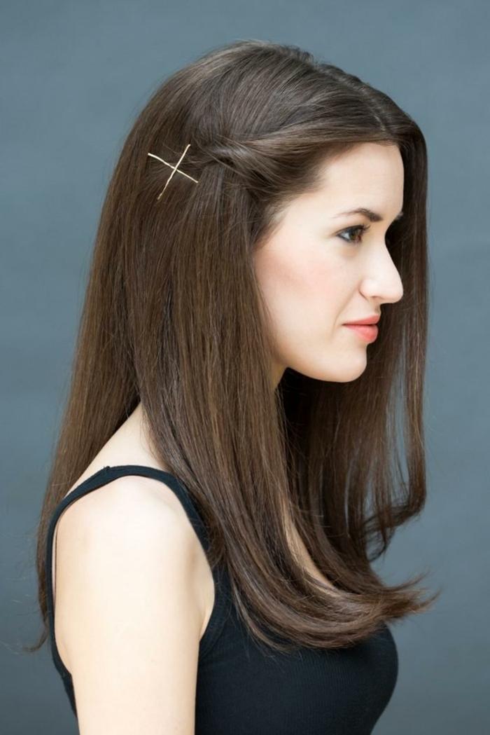 cabello largo castaño recogido con horquillas, peinados para fiesta originales, peledos modernos y fáciles