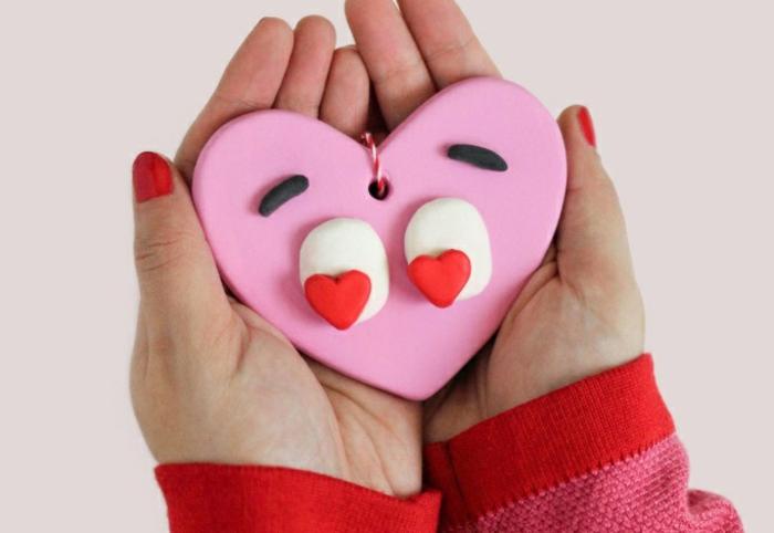 propuestas sobre manualidades para san valentin fáciles de hacer, adorables corazón decorativo