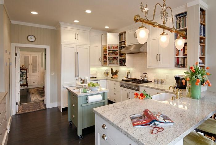 ideas sobre cómo aprovechar al máximo el espacio en una cocina pequeña, decoración en blanco, luces empotradas