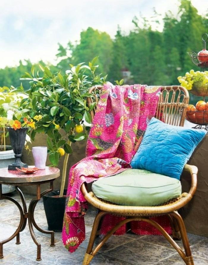 consejos para la decoración de terrazas pequeñas, balcón decorado en estilo mediterráneo