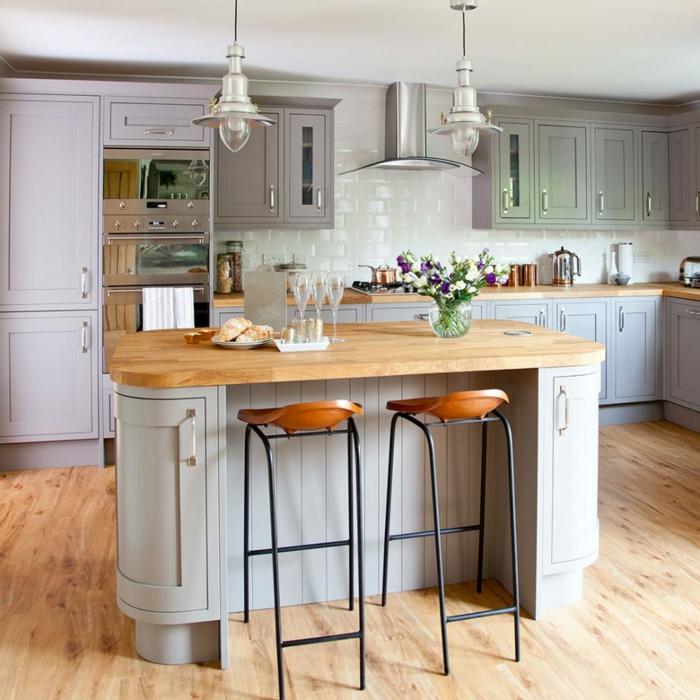 pequeña cocina decorada en bonitos colores tonos pastel, cocinas rusticas modernas de diseño
