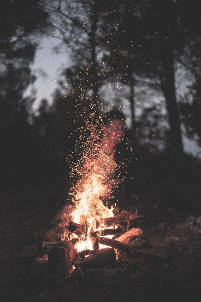 preciosas imagines de fondos de pantalla iphone, precioso fuego en aire libre, paisajes que inspiran