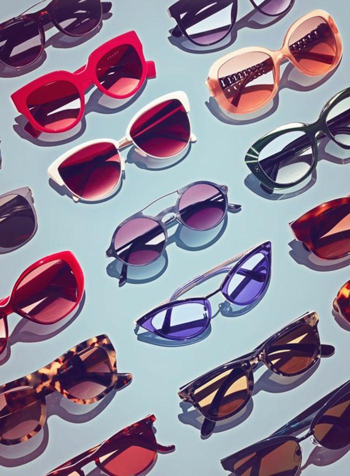 gafas originales de los años 80, accesorios típicos para aquella época, fotos sobre como se vestian en los años 80
