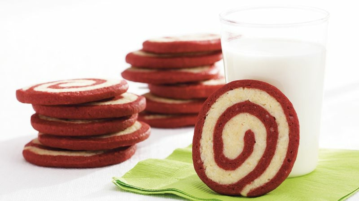 galletas enrolladas de mantequilla, ingeniosas ideas de comidas y postres para cena romantica casera