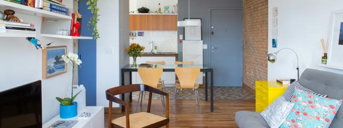cocina abierta al salón decorado con encanto, cocinas rusticas modernas de tamaño pequeño con isla