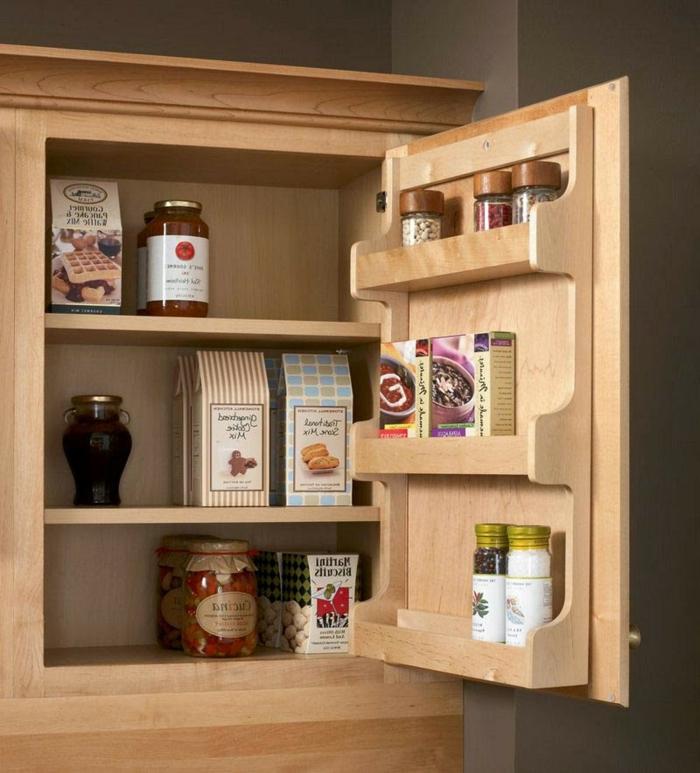 ideas de muebles para cocinas de espacios pequeños, armario de madera con estantes