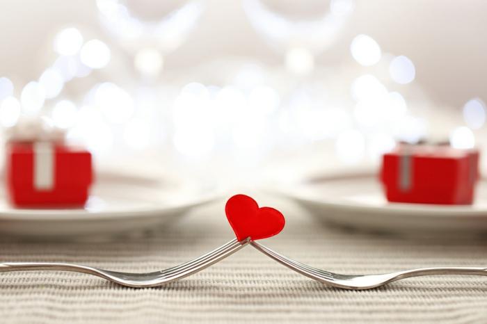 más de 90 propuestas de entrantes, platos primeros y postres para una cena romantica casera