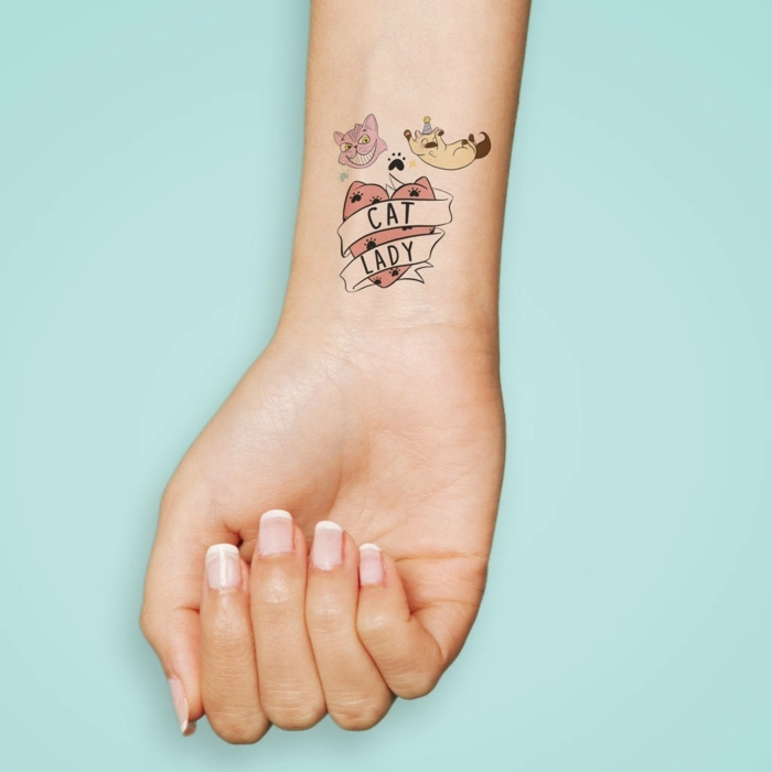 coloridas propuestas de diseños de tatuajes temporales adhesivos, ideas originales de tatuaje en la muñeca