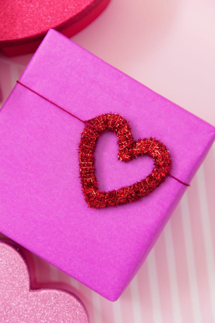 preciosas ideas sobre como envolver regalos y añadir detalles decorativos DIY, fotos con embalaje hecho a mano