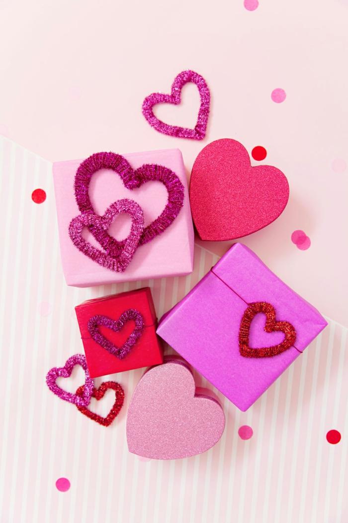 decoraciones de regalos super bonitos para el Dia de San Valentín, envolver regalos paso a paso