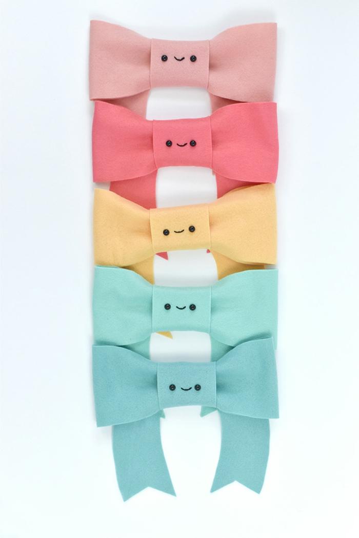 lazos coloridos en diferentes colores para envolver regalos originales, ideas DIY para embalaje