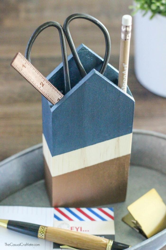 cuáles son las mejores ideas de regalos hechos a mano para tu padre, caja de madera personalizada