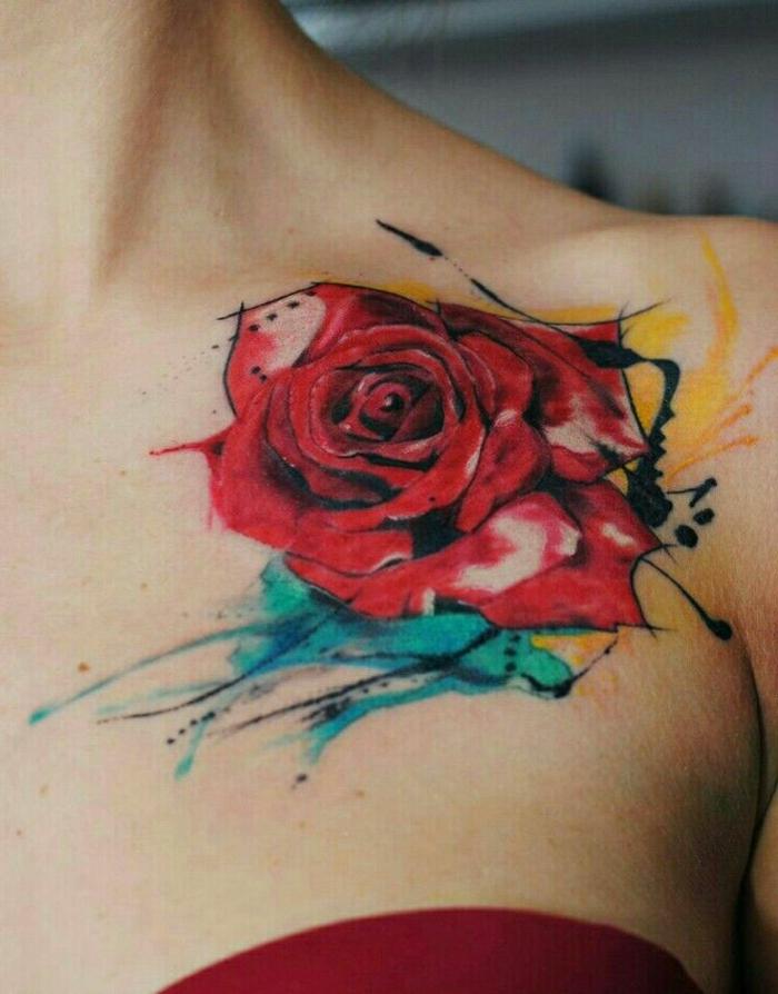 dibujos de rosas en fuertes colores, precioso tatuaje con acuarelas, grande rosa color rojo