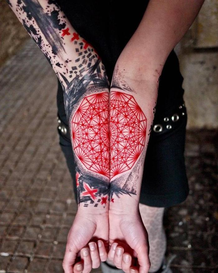 diseños de tatuajes en estilo Trash Polka, adorables propuestas de tatuajes lineales en negro y rojo