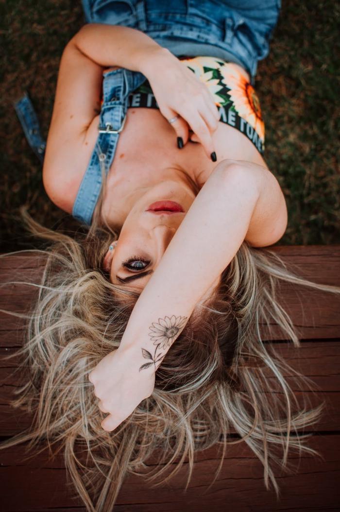 tatuajes temporales super bonitas, ideas y métodos para hacerte un tatuaje falso en el antebrazo