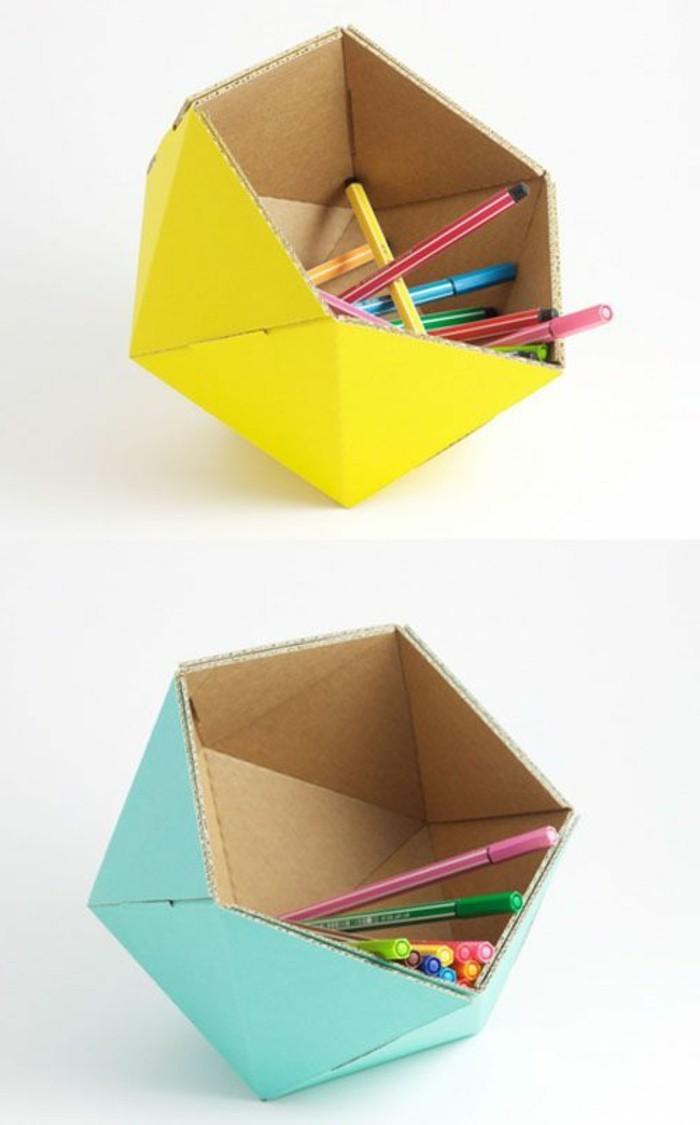 organizadores de cartón de materiales reciclados en colores llamativos, detalles de cartón DIY