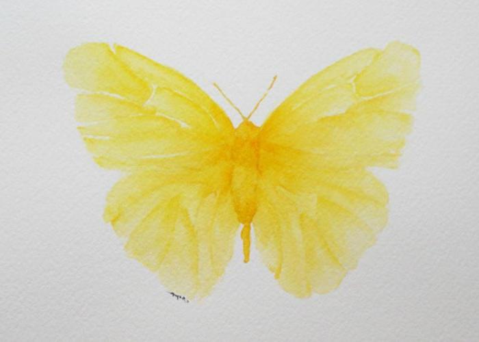 precioso dibujo mariposa amarilla, dibujos de mariposas para tatuajes, fotos de tattoos mujer