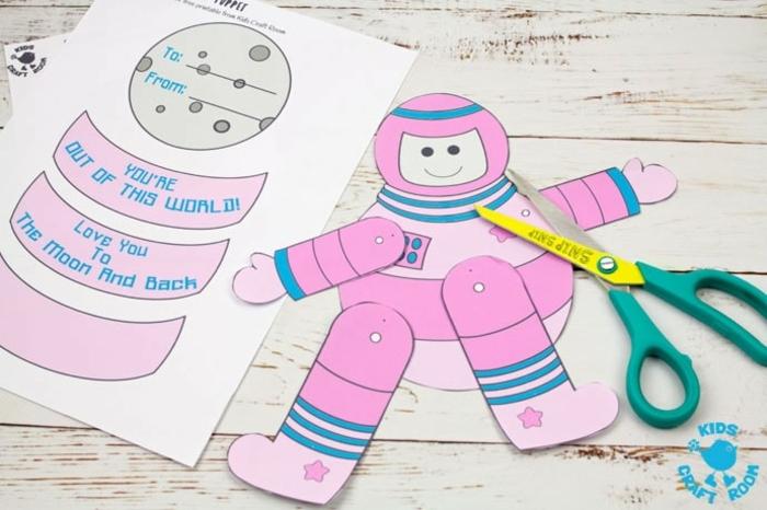 manualidades para el dia del padre paso a paso, astronauta DIY para hacer en casa, tarjetas originales DIY