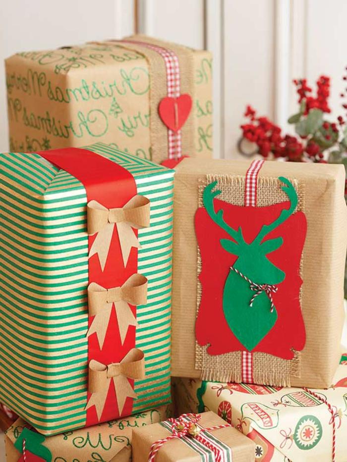 regalos navideños envueltos con muchos detalles decorativos DIY, adorables ideas de regalos navidad