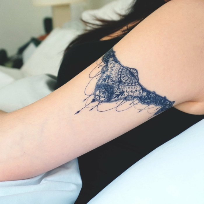 maravillosas propuestas de tattoos pequeños pequeños, tatuajes originales en el antebrazo