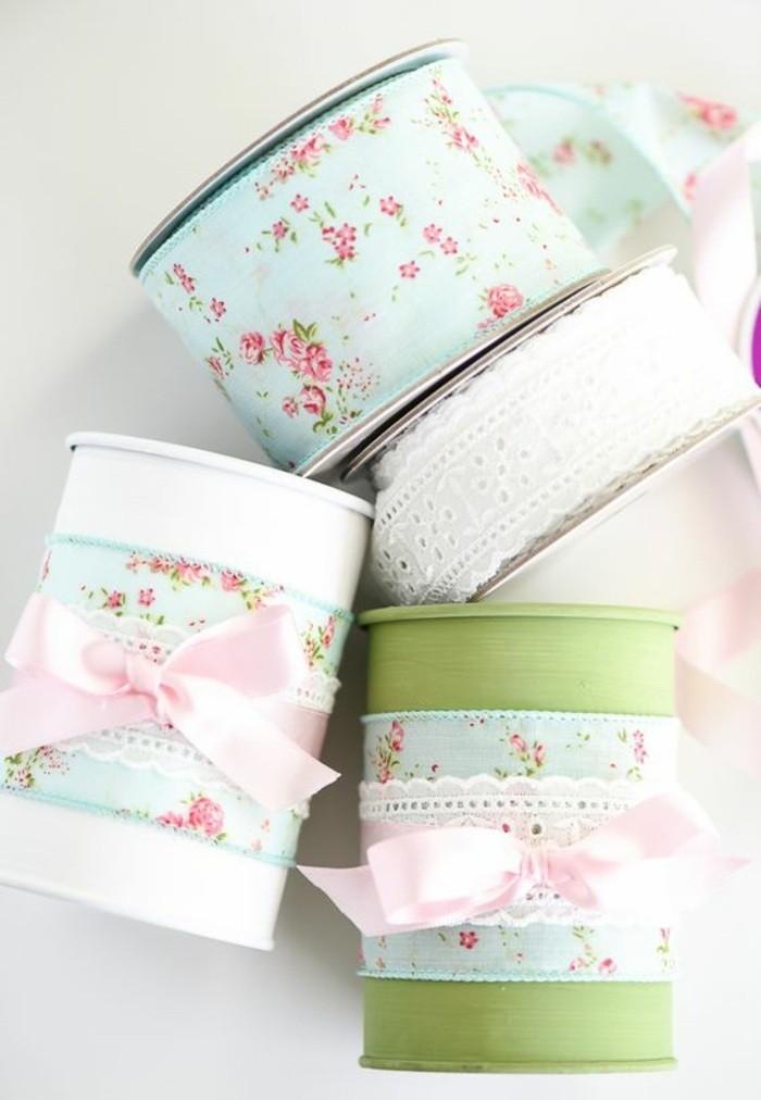 fotos de manualidades con materiales reciclados, latas decoradas con papel estampado motivos florales