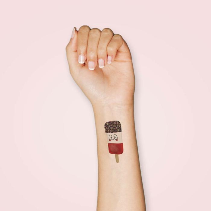 divertidas propuestas de tatuajes originales en el antebrazo, tattoo caseros originales temporales